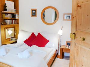 Apartment Chesa Stiffler Veglia II, Apartmány  Pontresina - big - 12