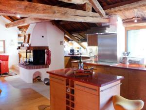 Apartment Chesa Stiffler Veglia II, Apartmány  Pontresina - big - 2