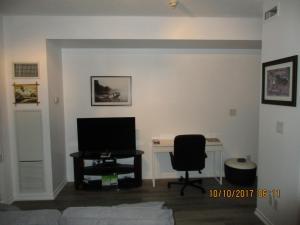 Luxury Furnished Corporate Suite in Downtown Toronto, Appartamenti  Toronto - big - 28
