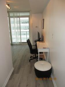 Luxury Furnished Corporate Suite in Downtown Toronto, Ferienwohnungen  Toronto - big - 24