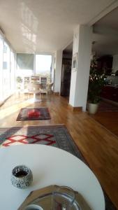 Kromolj Hill Apartment - фото 2