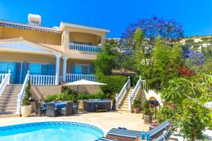 Captain's Villa, Villas  Peyia - big - 4