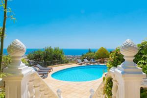 Captain's Villa, Villas  Peyia - big - 13