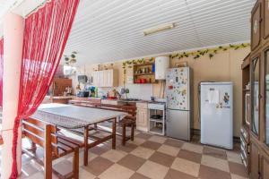 Guesthouse Leon, Penzióny  Gelendzhik - big - 39