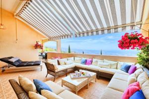 Captain's Villa, Villas  Peyia - big - 17