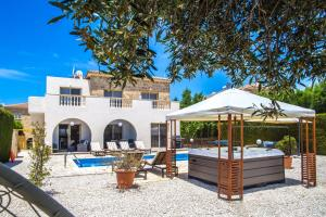 Villa Maria, Vily  Peyia - big - 14