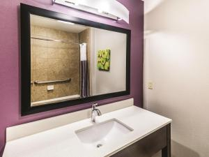 La Quinta Inn & Suites Mission at West McAllen, Hotely  Mission - big - 11