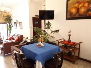 SanTonio Casa Hostal, Guest houses  Cali - big - 55