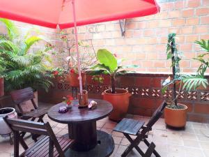 SanTonio Casa Hostal, Guest houses  Cali - big - 47