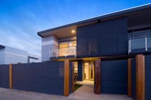 Terrace Heights