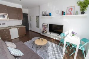 Modern & Stylish Flat Refino, Apartmány  Málaga - big - 5