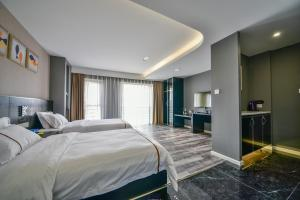 K Family Boutique Short-Term Hotel(Dali Gold K Sea View Branch), Hotels  Dali - big - 29