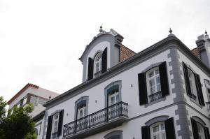 Edificio Charles 103, Ferienwohnungen  Funchal - big - 16
