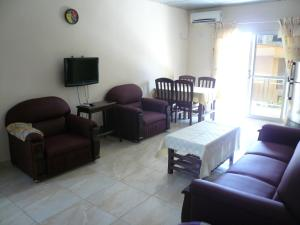 China Town Guest House, Отели  Freetown - big - 21