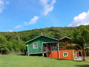 Seawind Cottage- Traditional St.Lucian Style, Case vacanze  Gros Islet - big - 16