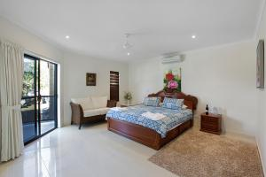 Whitsunday Ocean Melody Deluxe Villa, Homestays  Airlie Beach - big - 9