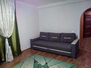 Apartment on Pavlovskiy trakt 289?