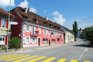 Hotel-Rotisserie La Tour Rouge