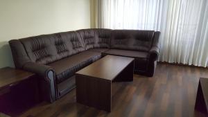 Nikolovi Apartments, Апартаменты  Банско - big - 3