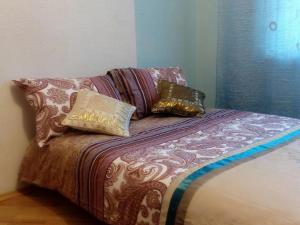 Four-room apartment near metro station Victory Square, Apartmanok  Minszk - big - 7
