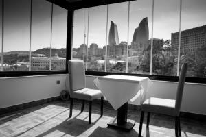 Баку - Town Gates Hotel