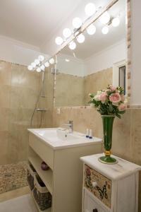 Baroc Apartments Sibiu, Апартаменты  Сибиу - big - 13