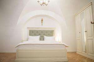 Baroc Apartments Sibiu, Апартаменты  Сибиу - big - 9
