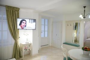 Baroc Apartments Sibiu, Апартаменты  Сибиу - big - 7