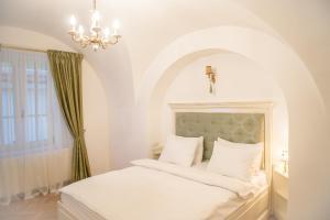 Baroc Apartments Sibiu, Апартаменты  Сибиу - big - 6