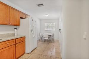 Prime Location , Private Pool , Located In Tampa, Holiday homes  Tampa - big - 16