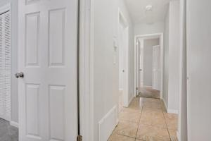 Prime Location , Private Pool , Located In Tampa, Holiday homes  Tampa - big - 22