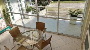 B&B Jardim dos Girassois, Отели типа «постель и завтрак»  Флорианополис - big - 39