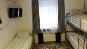 Hostel Tiberius, Hostels  Bucharest - big - 6
