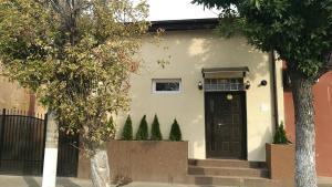 Hostel Tiberius, Hostels  Bucharest - big - 1