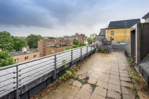 Brownhill Property, Apartmanok  London - big - 137