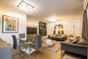 Brownhill Property, Apartmanok  London - big - 52