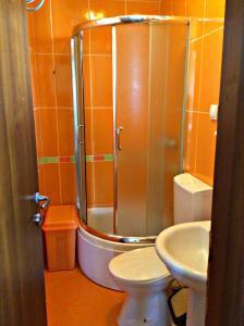 Apartments Rose, Апартаменты  Будва - big - 80