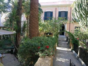 King Arthur's Houses, Bed and breakfasts  Agrigento - big - 27