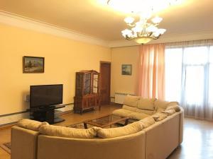 Vip Villa in Norq Marash, Villák  Jereván - big - 1