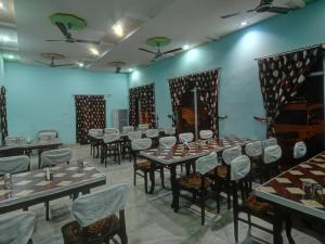 Hotel Neeraj, Отели  Джайсалмер - big - 24