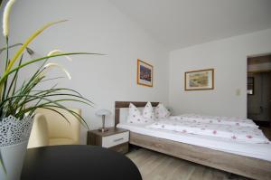 Hotel Pension Jägerstieg, Guest houses  Bad Grund - big - 26