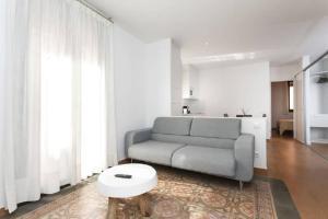HOMEnFUN Sants Train Station, Apartmány  Barcelona - big - 1