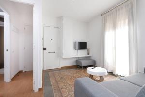 HOMEnFUN Sants Train Station, Apartmány  Barcelona - big - 10