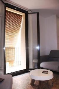 HOMEnFUN Sants Train Station, Apartmány  Barcelona - big - 19