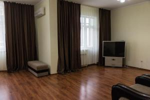 3-Bedroom Apartment near EXPO, Apartmány  Astana - big - 2
