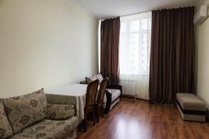 3-Bedroom Apartment near EXPO, Apartmány  Astana - big - 3