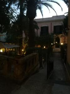 King Arthur's Houses, Bed and breakfasts  Agrigento - big - 22