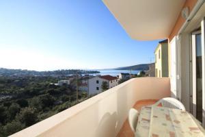 Apartment Seget Vranjica 8507a