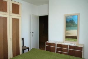 Apartment Sreser 4557a, Apartmány  Janjina - big - 14