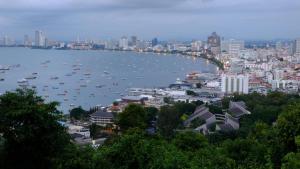 Peak Tower in Phatumnak (Seaview), Apartments  Pattaya South - big - 12